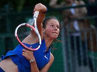 Paris, France, 28 June, 2016, Tennis, Roland Garros, Daria Kasatkina (RUS) serving<br /> Photo: Henk Koster/tennisimages.com