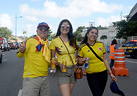 SALVADOR – BRASIL, 23-06-2019:Hinchas de Colombia antes del partido de la Copa América Brasil 2019, grupo B, entre Colombia y Paraguay jugado en el Arena Fonte Nova de Salvador, Brasil. / Fans of Colombia before match of the Copa America Brazil 2019 group B match between Colombia and Paraguay played at Fonte Nova Arena in Salvador, Brazil. Photos: VizzorImage / Julian Medina / Cont /