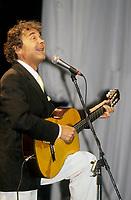 Pierre Perret  au Festival Juste Pour Rire<br /> 1992 (date exacte inconnue)<br /> <br /> PHOTO : Agence Quebec Presse