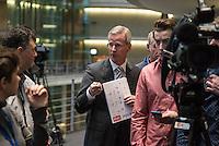 2. NSU-Untersuchungsausschuss dees Deutschen Bundestag.<br /> Aufgrund vieler Ungeklaertheiten und Fragen sowie vielen neuen Erkenntnissen ueber moegliche Verstrickungen verschiedener Geheimdienste in das Terror-Netzwerk Nationalsozialistischen Untergrund (NSU) wurde von den Abgeordneten des Bundestgas ein zweiter Untersuchungsausschuss eingesetzt.<br /> Am Donnerstag den 17. Dezember fand die 1. oeffentliche Sitzung des 2. NSU-Untersuchungsausschuss des Deutschen Bundestag statt.<br /> Im Bild: Der Ausschussvorsitzende Clemens Binninger , CDU.<br /> 17.12.2015, Berlin<br /> Copyright: Christian-Ditsch.de<br /> [Inhaltsveraendernde Manipulation des Fotos nur nach ausdruecklicher Genehmigung des Fotografen. Vereinbarungen ueber Abtretung von Persoenlichkeitsrechten/Model Release der abgebildeten Person/Personen liegen nicht vor. NO MODEL RELEASE! Nur fuer Redaktionelle Zwecke. Don't publish without copyright Christian-Ditsch.de, Veroeffentlichung nur mit Fotografennennung, sowie gegen Honorar, MwSt. und Beleg. Konto: I N G - D i B a, IBAN DE58500105175400192269, BIC INGDDEFFXXX, Kontakt: post@christian-ditsch.de<br /> Bei der Bearbeitung der Dateiinformationen darf die Urheberkennzeichnung in den EXIF- und  IPTC-Daten nicht entfernt werden, diese sind in digitalen Medien nach §95c UrhG rechtlich geschuetzt. Der Urhebervermerk wird gemaess §13 UrhG verlangt.]