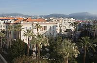 Europe/France/Provence-Alpes-Côte d'Azur/06/Alpes-Maritimes/Nice:  Musée Masséna  et Jardin Masséna  depuis l' Hôtel: Le Négresco