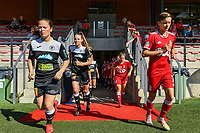 E. Aalst players and Standard players pictured before a women soccer match between Standard Femina de Liege and Eendracht Aalst dames, Saturday 25 September 2021 in Liege, in the 1/16 th final of the Belgian Womens Cup 2021-2022. PHOTO BERNARD GILLET