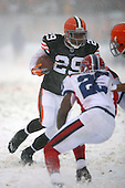 December 16th, 2007:  Cleveland Browns running back Jason Wright (29) avoids defenders on a gain at Cleveland Browns Stadium in Cleveland, Ohio.  The Browns shutout the Bills 8-0 to inch closer to clinching a playoff spot.  Photo copyright Mike Janes Photography 2007.