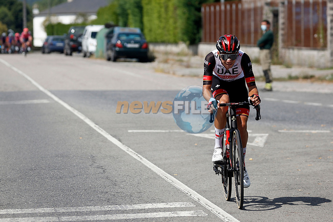 Rui Oliveira (Por) UAE Team Emirates attacks from the breakaway during Stage 19 of La Vuelta d'Espana 2021, running 191.2km from Tapia de Casariego to Monforte de Lemos, Spain. 3rd September 2021.    <br /> Picture: Luis Angel Gomez/Photogomezsport | Cyclefile<br /> <br /> All photos usage must carry mandatory copyright credit (© Cyclefile | Luis Angel Gomez/Photogomezsport)