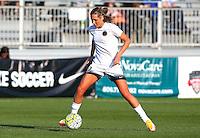 Boyds, MD - Saturday May 07, 2016: Portland Thorns FC midfielder Allie Long (10) before a regular season National Women's Soccer League (NWSL) match at Maureen Hendricks Field, Maryland SoccerPlex. Washington Spirit tied the Portland Thorns 0-0.