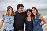 CABOURG, FRANCE - JUNE 15: Actresses Alma Jodorowsky (L), Maryline Canto and Camille Chamoux (R) and director Ilan Klipper (2nd L) attend 'le ciel etoile au-dessus de ma tete' photocall during the 2nd day of 31st Cabourg Film Festival on June 15, 2017 in Cabourg, France # FESTIVAL DE CABOURG