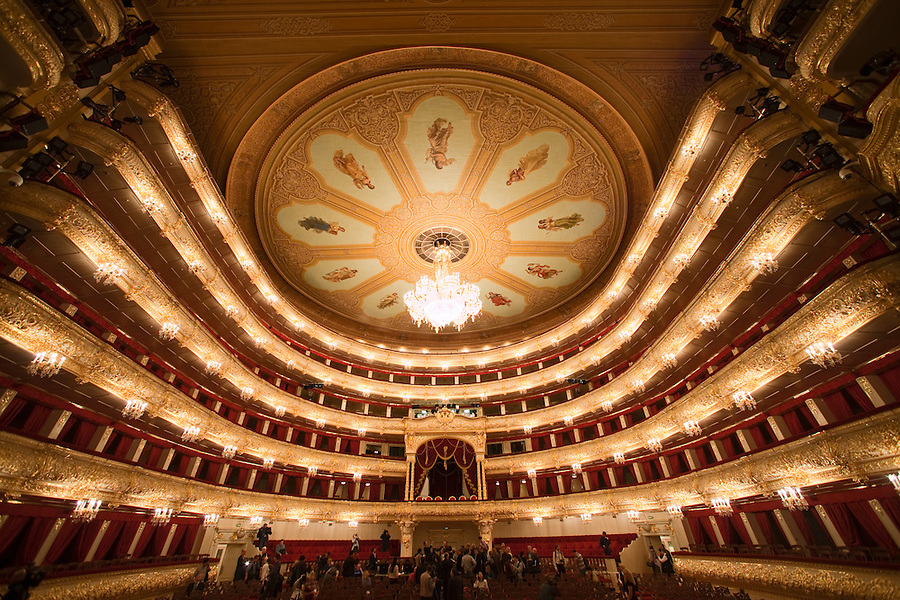 Moscow, Russia, 08/10/2011..The main hall inside the Bolshoi Theatre during a press tour showcasing the almost completed renovation work. The building has been closed for repairs since 2005 and is scheduled to reopen on October 28th 2011.