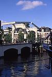 Europe, NLD, Netherlands, Provinz Noord Holland, Amsterdam, Amstel Canal, Drawbridge, Magere Brug ( Magere Bruecke )