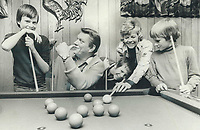 1976 FILE PHOTO - ARCHIVES -<br /> <br /> Tommy Hunter relaxes at home with his wife, Shirley and sons (from left) Greg 11, Jeff 13, and Mark 9<br /> <br /> <br /> Bezant, Graham<br /> Picture, 1976, <br /> <br /> 1976<br /> <br /> PHOTO : Graham Bezant - Toronto Star Archives - AQP
