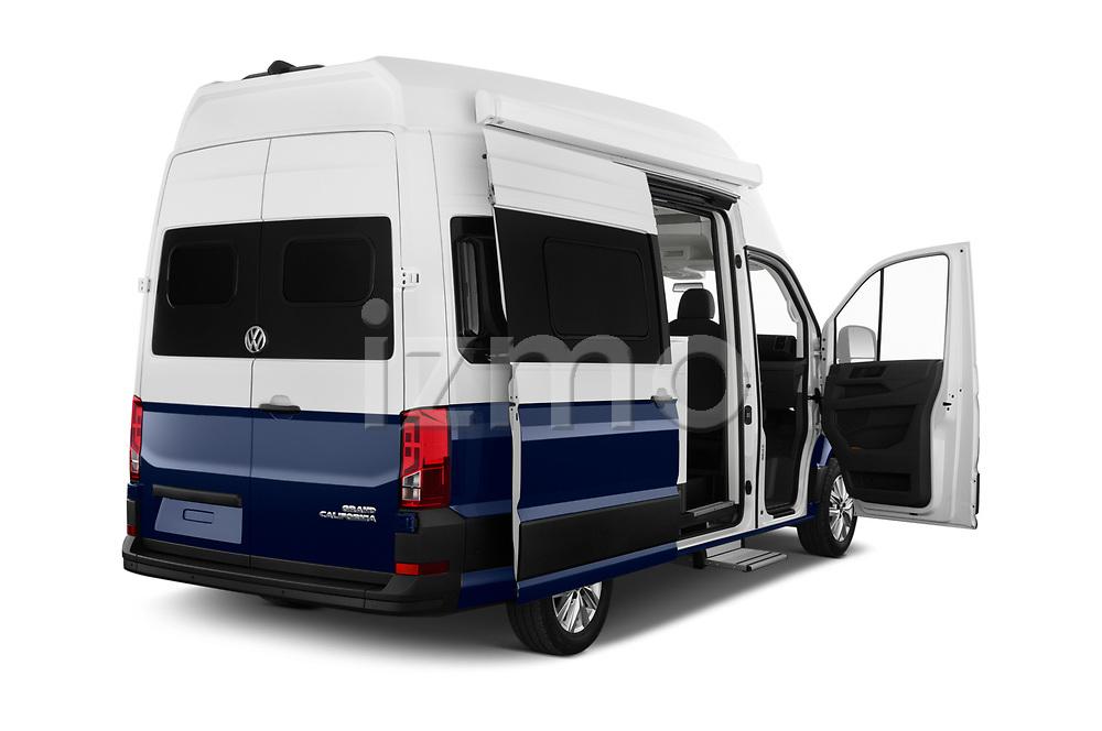Car images of 2020 Volkswagen Grand-California 600 4 Door Refrigerated Van Doors