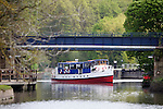Pix: Shaun Flannery/shaunflanneryphotography.com...COPYRIGHT PICTURE>>SHAUN FLANNERY>01302-570814>>07778315553>>..7th May 2012..The Wyre Lady river boat at Sprotbrough Lock, Doncaster.