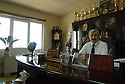 Iraq 2015 Dr.Walid M. Hamad, president of the university of Koysanjak in his office<br /> Irak 2015 Dr. Walid M.Hamad, president de l'université de Koysanjak dans son bureau avec une photo de Jalal Talabani