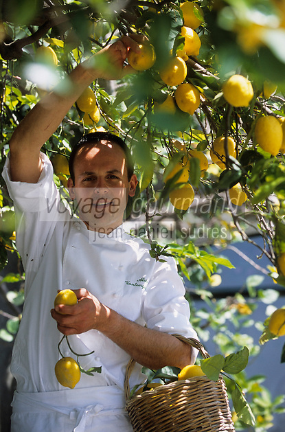 "Europe/Italie/Côte Amalfitaine/Campagnie/Positano : Alois Vanlangenaeke chef du restaurant de l'hôtel ""San Pietro"""