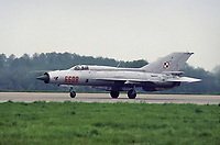 "- Aviazione Polacca, 1o reggimento caccia intercettori ""Warsavia"", aereo Mig 21  di costruzione Sovietica<br />