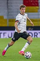 Thomas Mueller (Deutschland Germany) gegen Joakim Maehle (Dänemark, Denmark) - Innsbruck 02.06.2021: Deutschland vs. Daenemark, Tivoli Stadion Innsbruck