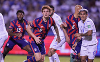 SAN PEDRO SULA, HONDURAS - SEPTEMBER 8: Josh Sargent #9 of the United States looking for a crossing ball into the box during a game between Honduras and USMNT at Estadio Olímpico Metropolitano on September 8, 2021 in San Pedro Sula, Honduras.