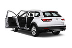 Car images close up view of a 2017 Seat Leon ST Xperience Base 5 Door Wagon doors
