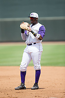 Winston-Salem Dash first baseman Telvin Nash (20) on defense against the Wilmington Blue Rocks at BB&T Ballpark on June 26, 2016 in Winston-Salem, North Carolina.  The Dash defeated the Blue Rocks 5-1.  (Brian Westerholt/Four Seam Images)