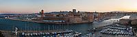 Europe/France/Provence-Alpes-Côte d'Azur/13/Bouches-du-Rhone/Marseille: Vue panoramique du Vieux Port, le Fort Saint-Jean et la Major