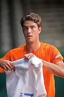 15-9-09, Netherlands,  Maastricht, Tennis, Daviscup Netherlands-France, Training, Jesse Huta Galung werkt zich in het zweet.