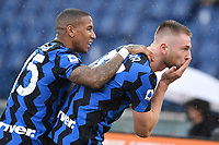 Milan Skriniar of Inter celebrates with Ashley Young after scoring the 1-1 goal during the Serie A football match between AS Roma and FC Internazionale at Olimpico stadium in Roma (Italy), January 10th, 2021. Photo Andrea Staccioli / Insidefoto