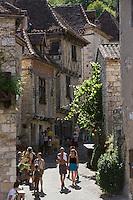 Europe/France/Midi-Pyrénées/46/Lot/Saint-Cirq-Lapopie: les maisons du village