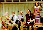 Black Comedy by Peter Shaffer, directed by Gregory Doran. With Gary Waldhorn as Coolnel Melkett, David Tennant as Brindsley, Nicola McAuliffe as Miss Furnival, Desmond Barrit as Harold Gorringe, Anna Chancellor as Carol Melkett. Opened at The Comedy Theatre 22/4/98. CREDIT Geraint Lewis