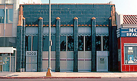 Los Angeles: Security Pacific Bank, Wilshire Blvd., 1929. Morgan, Walls & Clements.  Photo '82.