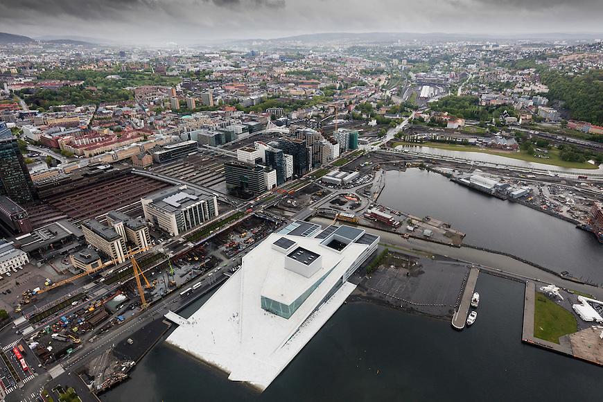 Oslo fra lufta, 20150519. Operaen, barcode. Foto: Eirik Helland Urke.