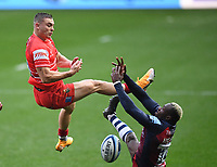 30th September 2020; Ashton Gate Stadium, Bristol, England; Premiership Rugby Union, Bristol Bears versus Leicester Tigers; Harry Simmons of Leicester Tigers competes in the air with Niyi Adeolokun of Bristol Bears