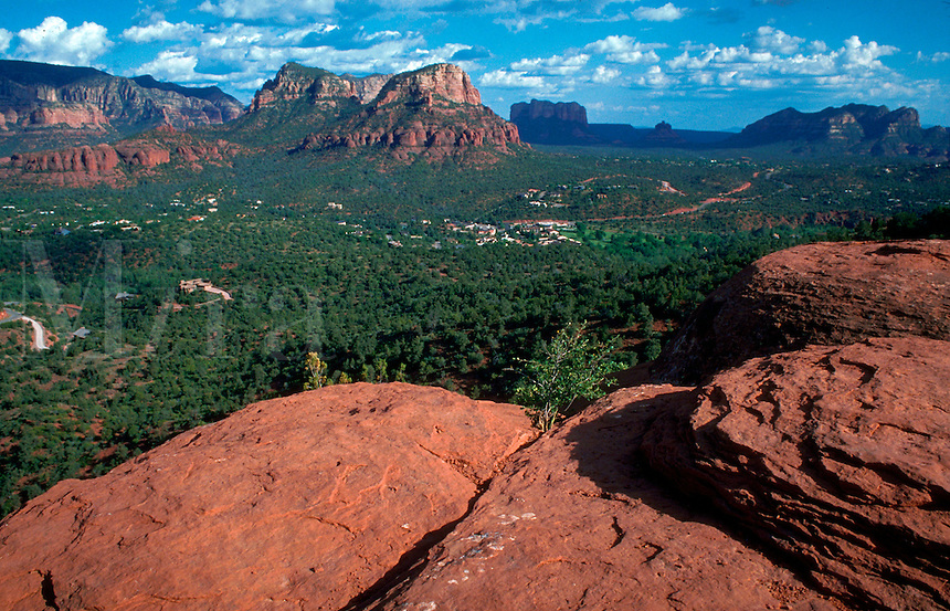 Scenic overview of Sedona showing red rock formations. Arizona.