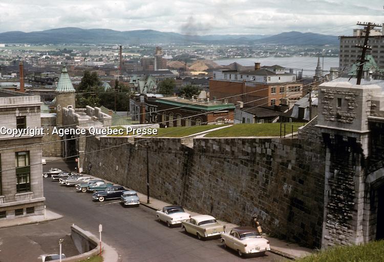 La ville de Quebec en juillet 1957<br /> <br /> PHOTO  : Agence Quebec Presse