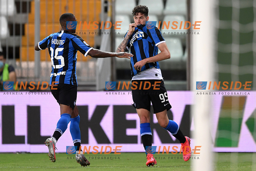Alessandro Bastoni of FC Internazionale celebrates with Ashley Young after scoring the goal of 1-2 during the Serie A football match between Parma and FC Internazionale at stadio Ennio Tardini in Parma ( Italy ), June 28th, 2020. Play resumes behind closed doors following the outbreak of the coronavirus disease. <br /> Photo Andrea Staccioli / Insidefoto