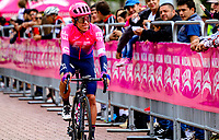 LLANOGRANDE - COLOMBIA, 14-02-2019: Rigoberto Urán (COL) Team EF Education First - DRAPAC durante la tercera etapa del Tour Colombia 2.1 2019 con un recorrido de 167.6 Km, que se corrió en un circuito con salida y llegada en el Complex Llanogrande. / Rigoberto Urán (COL) Team EF Education First - DRAPAC during the third stage of the Tour Colombia 2.1 2019 with a distance of 167.6 km, which was run on a circuit with start and finish at the Complex Llanogrande. Photo: VizzorImage / Anderson Bonilla / Cont.