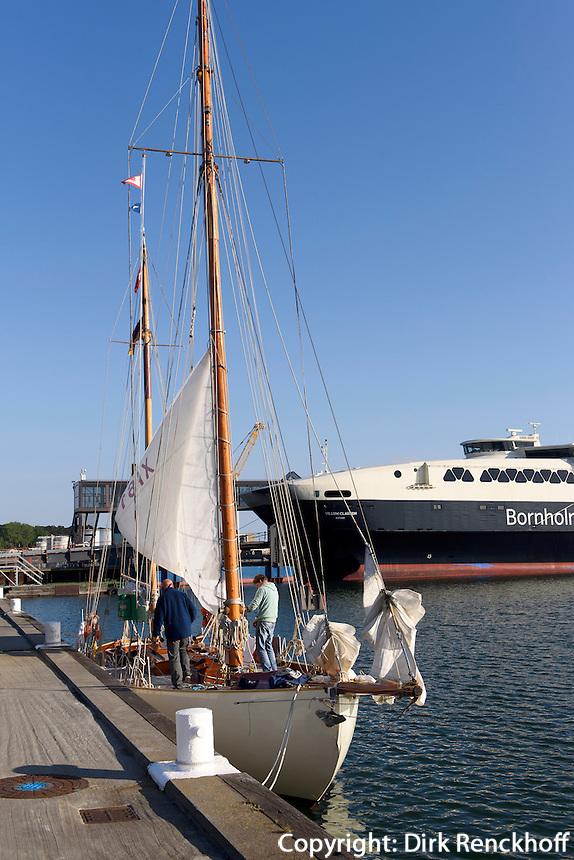 Am Hafen von Rønne, Insel Bornholm, Dänemark, Europa<br /> Port of Roenne, Isle of Bornholm, Denmark