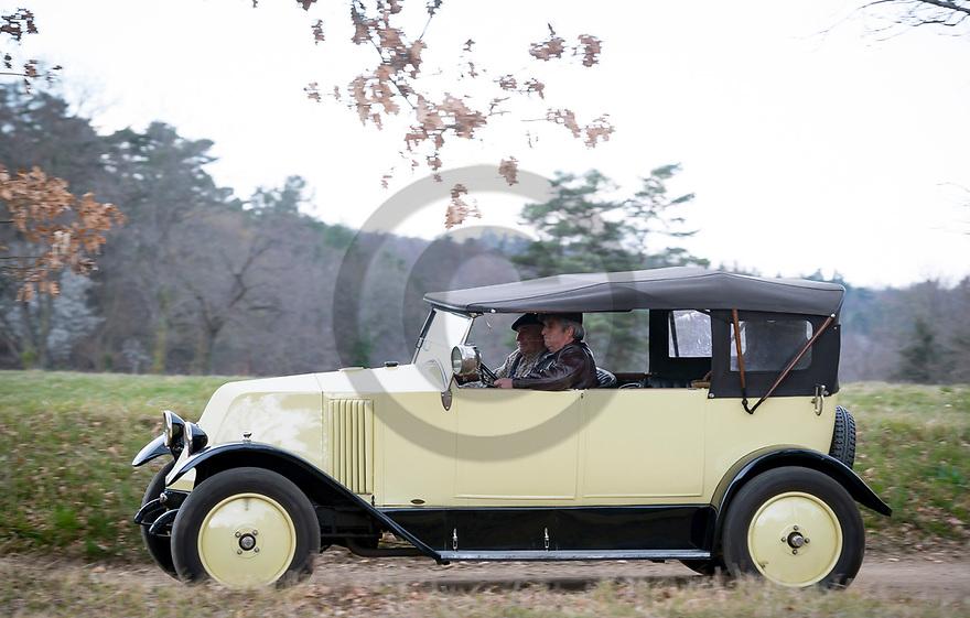 2/04/19 - BRIOUDE - HAUTE LOIRE - FRANCE - Essais RENAULT KZ1 de 1926 - Photo Jerome CHABANNE