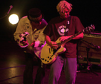 Pictured: Mike Randle (R) with Arthur Lee 20 March 2004<br /> Re: Love with Arthur Lee at the Brycheiniog Theatre in Brecon, Powys, Wales, UK