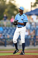 Charlotte Stone Crabs pitcher Bruedlin Suero (28) delivers a pitch during a game against the Bradenton Marauders on April 4, 2014 at Charlotte Sports Park in Port Charlotte, Florida.  Bradenton defeated Charlotte 9-1.  (Mike Janes/Four Seam Images)