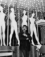 Le peintre québécois, Jean-Paul Mousseau,<br /> 19 mai 1967<br /> <br /> Photographe : Photo Moderne
