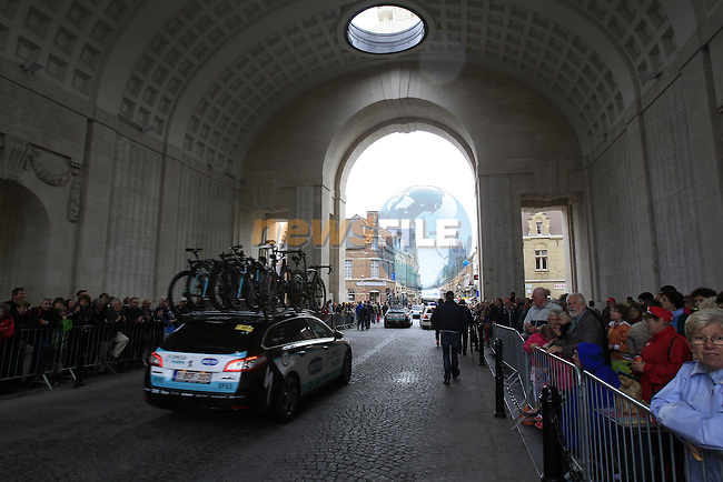Omega Pharma-Quick Step team arrive through the Menin Gate in Ypres for the start of the cobbled stage Stage 5 of the 2014 Tour de France running 155.5km from Ypres to Arenberg. 9th July 2014.<br /> Picture: Eoin Clarke www.newsfile.ie