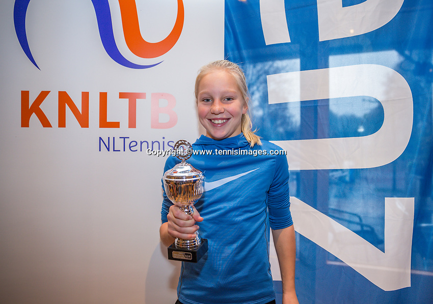 Hilversum, Netherlands, December 3, 2017, Winter Youth Circuit Masters, 12,14,and 16 years, 4 th place girls 12 years Jinte de Boer<br /> Photo: Tennisimages/Henk Koster