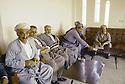 Irak 1991   Réunion avec Masoud Barzani a Rowanduz,a gauche, Franso Hariri   Iraq 1991  Meeting with Masoud Barzaniin Rowanduz, left , Franso Hariri