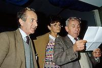 """- 19° congresso del P.C.I. (Partito Comunista Italiano),il primo dopo la svolta politica detta """"della Bolognina"""" che porterà il partito allo scioglimento; Valentino Parlato e Luigi Pintor, del gruppo Il Manifesto (Mars 1990)<br /> <br /> - 19th congress of P.C.I.  (Italian Communist Party), the first after the political turn known as """"of the Bolognina"""" that will carry the party to the breakup; Valentino Parlato and Luigi Pintor, of Il Manifesto group (Mars 1990)"""