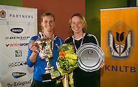 August 24, 2014, Netherlands, Amstelveen, De Kegel, National Veterans Championships, Final lady's 35+ Winer Linda Sentis and runner up Mireille Bink (R)<br /> Photo: Tennisimages/Henk Koster