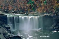 Cumberland Falls<br /> Cumberland Falls State Resort Park<br /> McCreary County<br /> Kentucky