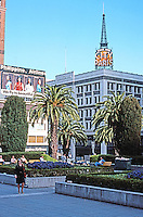 San Francisco:  Union Square, 1942. (City of Paris (1896; 1905, Clinton Day, Bakewell & Brown)  City of Paris, Stockton & Geary. Photo '78.