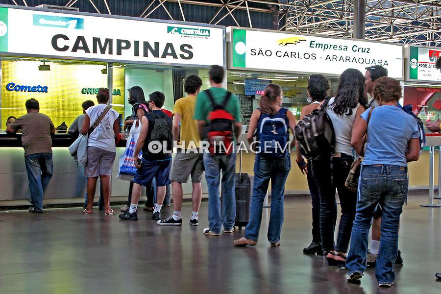 Terminal Rodoviario Tiete. São Paulo. 2007. Foto de Juca Martins.