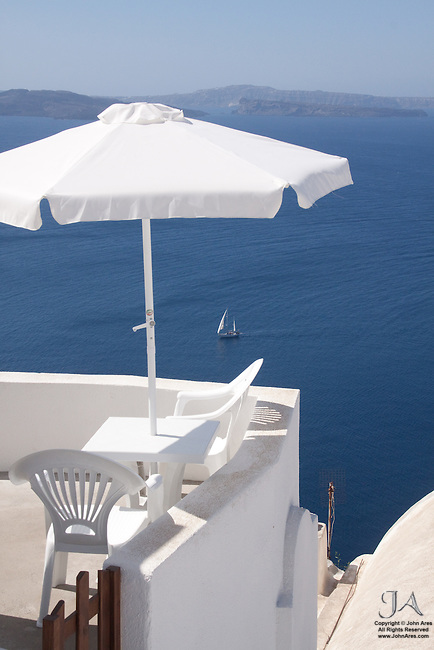 Perfect spot for Lunch, Oia Santorini