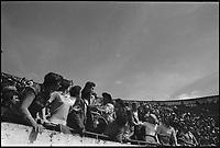 16 Mai 1976. Vue d'une partie du public des arènes de Toulouse.