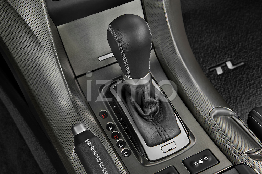 Gear shift detail view of a 2009 - 2014 Acura TL SH AWD Sedan.